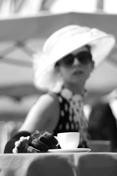 Photos Humour : Danie offre le café
