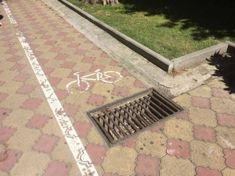 Photos Humour : Piste cyclable  ? …