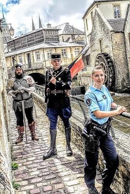 Photos Humour : tenue des gendarmes